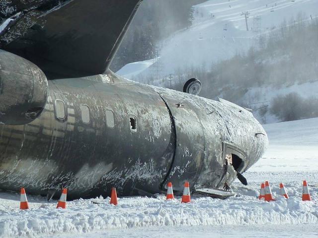 2014.01.05 Canadair Challenger 600 rozbity podczas l±dowania w Aspen-1501783_10152107104213774_1295371902_n.jpg