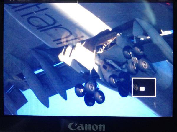 2014.12.29 Virgin Atlantic LGW->LAS problemy z podwoziem-b6cdig3cmaaqllc.jpg